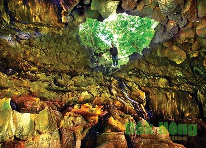 Công viên Địa chất Núi lửa Krông Nô (Đắk Nông) - Phong phú tiềm năng du lịch - Ảnh 1