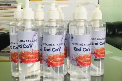 Món quà ý nghĩa trước ngày đón học sinh đi học trở lại: Nước rửa tay khô sát khuẩn – END COV